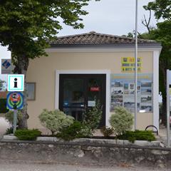 Plus d'information sur l' Office de Tourisme de SAINT-VIVIEN-DE-MEDOC